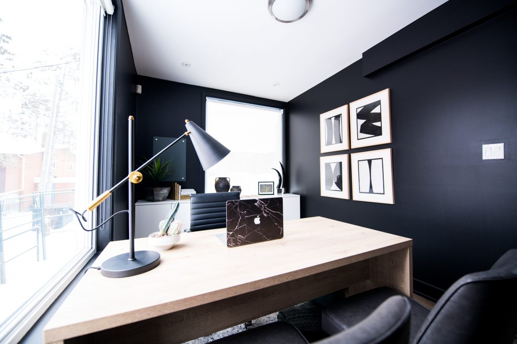 Important Reasons Why You Need to Have a Relocatable Office
